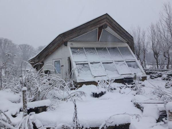 Paviljoen Eetbaar Park in  de winter